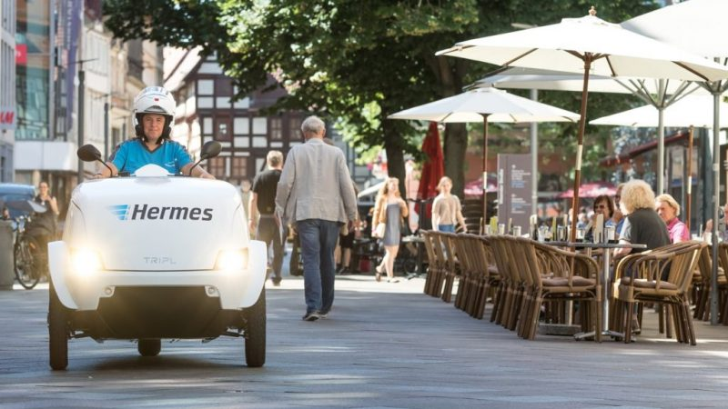 f80293c743c Hermes commences trials of the TRIPL electric scooter in Göttingen. Not  only does the electric scooter make emission-free deliveries, it can also  use roads ...