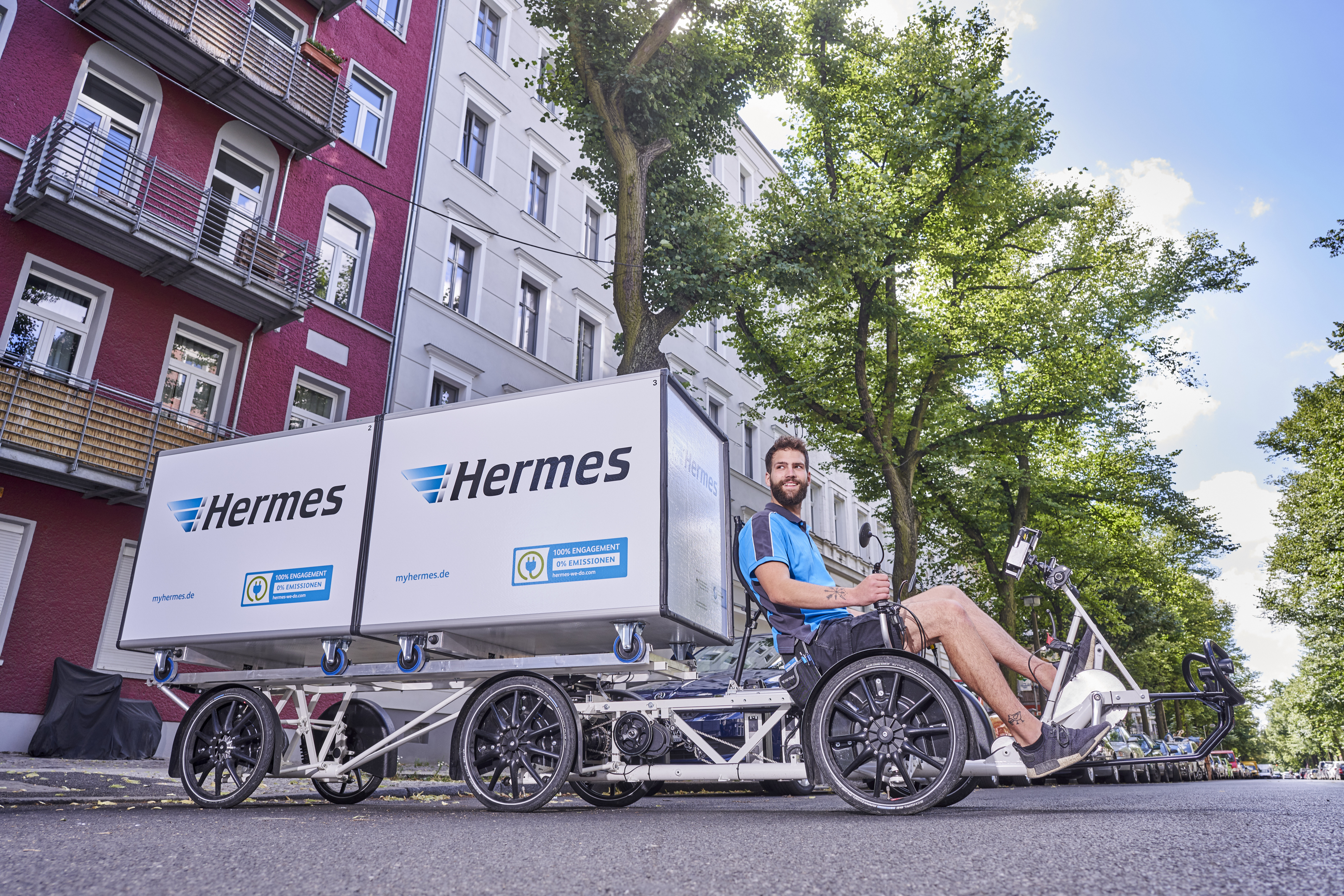 a02a721abf2 Berlin: Hermes trials parcel delivery by cargo bikes | Hermes Newsroom