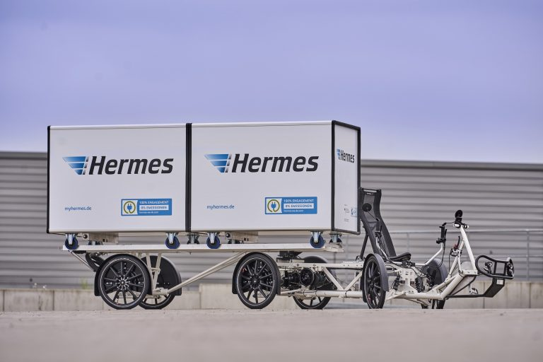 The Velove Armadillo E-Cargobike is one of two cargobikes which will be trialed by Hermes in Berlin from June 2018 on. (Photo: Hermes)cargobike bicycle komodo