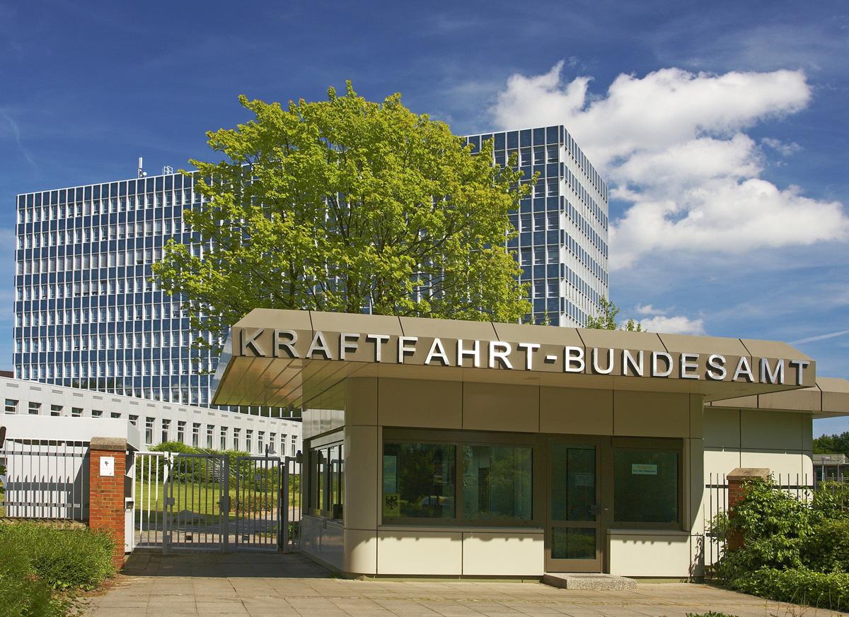 deutschland schleswig holstein flensburg kraftfahrt bundesamt eingang hermes newsroom. Black Bedroom Furniture Sets. Home Design Ideas