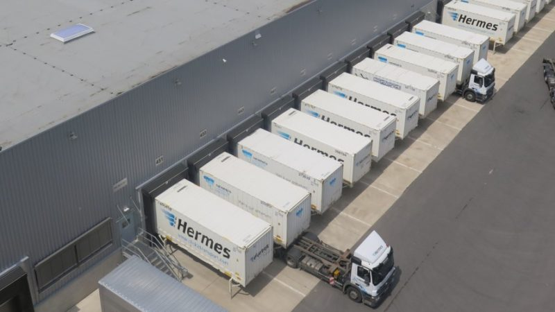 Wechselaufbaubrücken in Löhne: Hermes Fulfilment und Hermes Einrichtungs Service haben gemeinsam ein rund 100.000 Quadratmeter großes Logistikzentrum in Betrieb genommen. (Foto: Hermes)