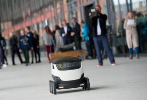 zustellung per roboter pilottest von hermes und starship in hamburg hermes newsroom. Black Bedroom Furniture Sets. Home Design Ideas