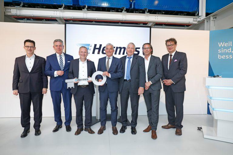 Eröffnung des Hermes Logistik-Center Bad Rappenau. (Foto: Hermes)    Paketzentrum Logistikzentrum LC sortierzentrum verteilzentrum