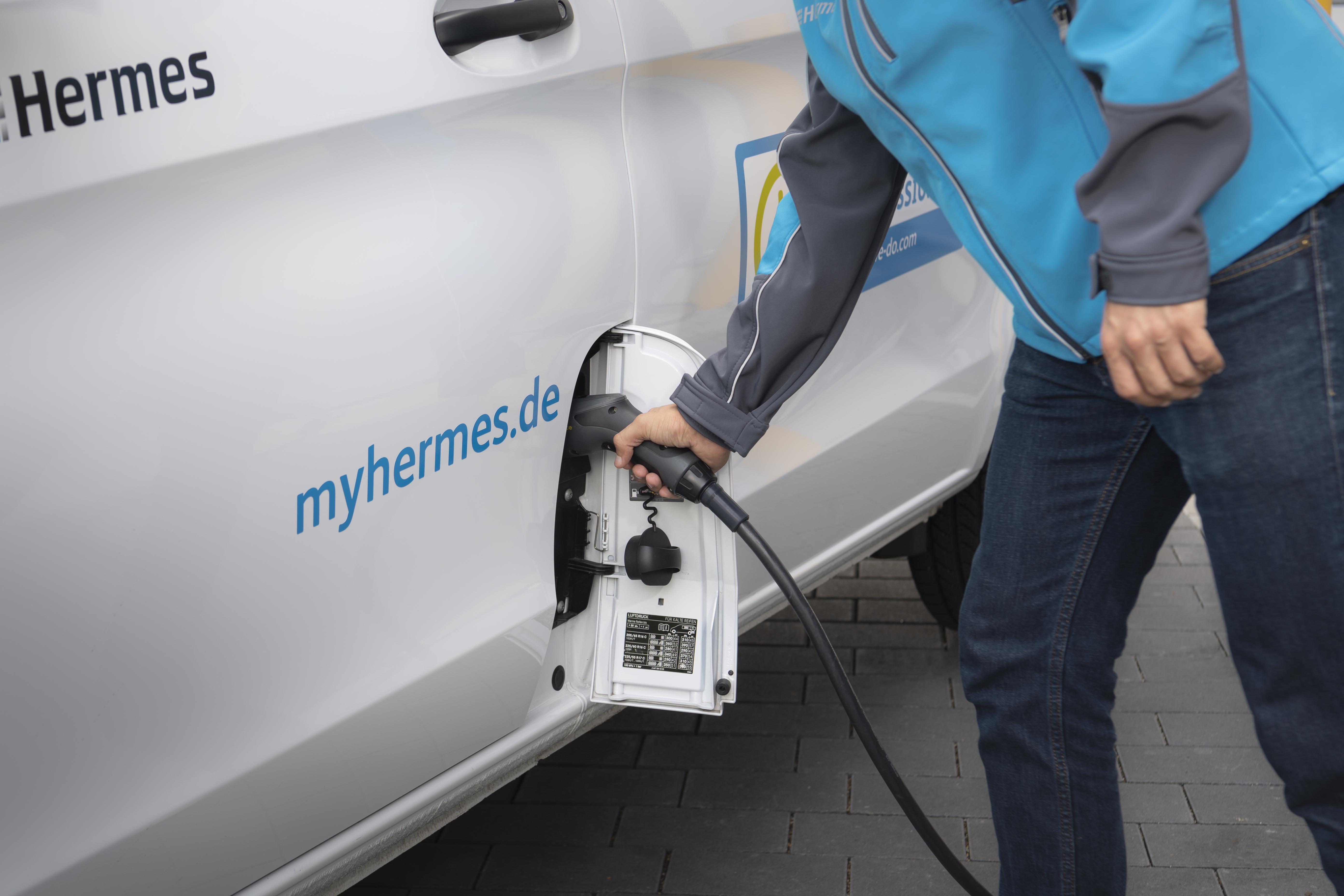 Hermes Und Mercedes Benz Vans E Transporter Ab Herbst Im