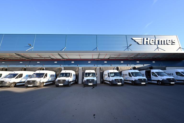 Emissionsfreie Zustellung in Leipzig mit dem E-Transporter (Foto: Hermes)  Nachhaltigkeit, emissiosfrei, Zustellung, E-Transporter