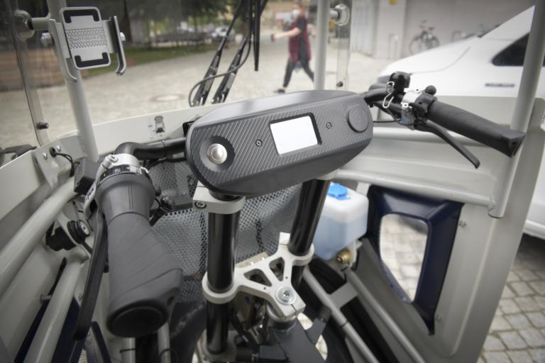 Cockpit eines ONO-Lastenrads aus der Hermes-Flotte, die in der Berliner Innenstadt auf 40 Quadratkilometern emissionsfrei unterwegs ist. (Foto: Hermes)    Green Delivery Berlin; City-Logistik; Lastenrad; ONO; Nachhaltigkeit; emissionsfrei; E-Fahrzeuge; E-Mobilität